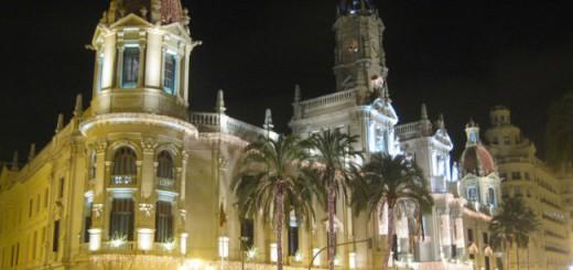 ayuntamiento-valencia-engalanado-navidad